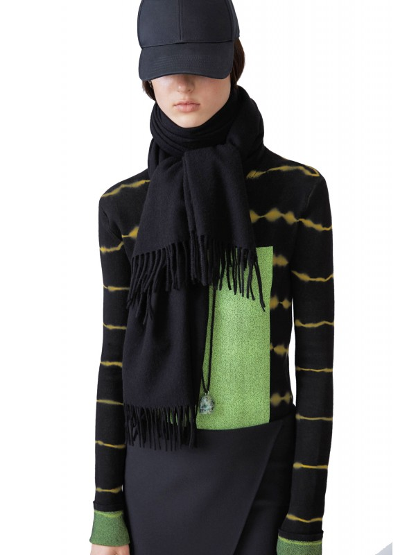 Narrow fringed scarf black